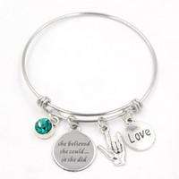 Nueva llegada pulsera de acero inoxidable pulsera de piedra del lenguaje de señas personalizado pulsera del encanto de la mujer regalos de joyería