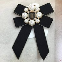 Fashion Designer Jewelry Bowknot Pearl Brooch Pins Charm Cor...