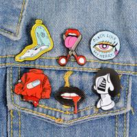 Lèvres Vintage Style Punk Horloge Kawaii Métal Pin émail Boutons Broche badge Chemise Veste en jean Sac décoratifs pour femmes Brooches hommes