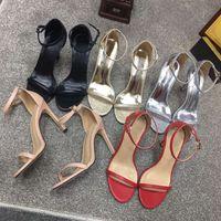 Sandalias de tiras de las mujeres zapatos de tacón alto Sandalias de cuero de lujo Diseñador punta redonda Sandalias Tacón de aguja Zapatos de fiesta de moda Color rojo negro