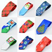 Cravate De Noël Pour Le Père Noël Bonhomme De Neige Renne Arbre De Noël Nouveaux Hommes Femmes Print Party Dress Up Cravate De Noël Décoration 28 Styles XD21266