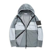 Topstoney 2020 Konng 새로운 봄과 가을 얇은 재킷 패션 브랜드 캐주얼 코트 윈드 브레이커 금속 나일론 소재