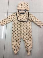 Малыш младенческая Ползунки Одежда для новорожденных Комплекты Мальчики Девочки Полный рукавом Хлопок Мягкие Комбинезоны ползунки + Hat + Bib 3шт / набор костюм