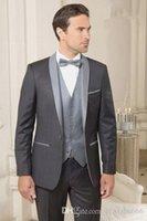 Trajes oscuros boda del ajustado de esmoquin para los hombres padrinos de boda traje de tres piezas de baile barato juegos formales (chaqueta + pantalones + chaleco + Tie) 225