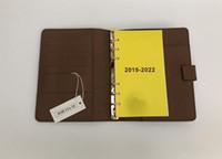 2020 Marque Agenda Marque Note de la marque Livre Couvercle Cuir Diary Cuir avec Dustbag et Carte Facturation Note Livres Bague de style Chaude Style Gold Bague