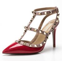 2019 Designer de mulheres v saltos altos partido moda rebites meninas sexy apontou sapatos Sapatos de dança sapatos de casamento sandálias alças duplas