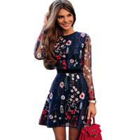 Vestito da ricamo floreale delle donne sexy Maglia pura estiva Boho Mini Abito da donna a maniche lunghe a-line Abito nero trasparente 2019 Vestidos De Festa