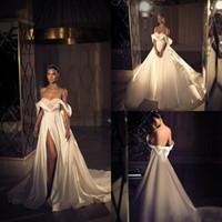 2020 vestidos baratos Elihav Sasson País Casamento A linha V Neck Off The Shoulder Side Dividir Vestidos De Novia cetim Sweep Trem vestidos de noiva