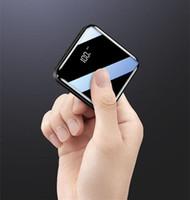 NEW الصانع الجملة الهاتف الخليوي البنوك قوة فائقة مرآة رقيقة العرض الرقمي مصغرة شاحن 20000 شعار MAH التيار الكهربائي مخصصة