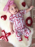Ins 2019 New Christmas Love Amore manica corta Baby Romper Cotton Cotton Newborn Pagliaccetti Boys Tuta Girls Rompere Bambino Vestiti per bambini Pagliaccetto A9303
