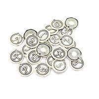 52pcs / Alfabe takılar kolye Fit Bilezikler Kolyeler Küpeler El yapımı el sanatları Gümüş Bronz Charm Yapımı DIY Takı paketi
