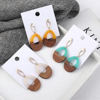 Qualitäts-Weinlese ethnische Ohrstecker weiblichen Harz Holz Stitching Ohrringe Geschenk Art und Weise höhlt Schmuck Factory Direct Sales