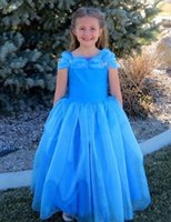Nuovo Bella Flower Blue Girl Dresses A spalle di sfera del pavimento di Tulle Lunghezza Formato ragazze Birthday Party Gowns