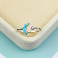 Cluster Ringe Charme Weibliche Weiße Opal Stein Ring Nette Runde Zirkonia Silber Verstellbar Für Frauen Minimalist Bridal Moon Engagement