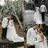 Praia vestidos de casamento Uma varredura ombro Train plissados Tulle Garden Country vestidos de noiva vestito da sposa Plus Size personalizado