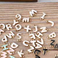 100 stücke DIY schmuck perle K gold emaille kleine legierung zubehör charms doppelseitige buchstaben Charme freies verschiffen