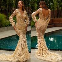 2020 Gold Sereia vestidos de noite v Neck Appliqued penas frisadas mangas compridas vestido de baile sem encosto Ruffles varrer treinar formal festa vestido