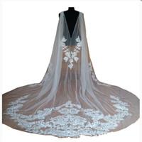 Venta caliente 2018 nupcial chal de boda capas bolero capa chaqueta de encaje envuelve blanco marfil encogimiento de hombros catedral tren 3 m velo largo