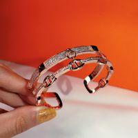 Hot Lock-Gold-Armband-Frauen-Punk für das beste Geschenk luxuriösen Superior-Qualität Schmuck Ledergürtel Armband Lieferung in Doppelstock Armband
