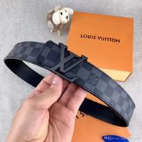 1f5175c7f8d5 Célèbre marque française de luxe de style classique double face en cuir  imprimé boucle en alliage