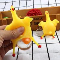 Divertido gallinas ponedoras de huevo llavero Exprimir regalos de cumpleaños niños de juguete favores de partido Bromas broma chucherías Juguetes aliviar el estrés Vent