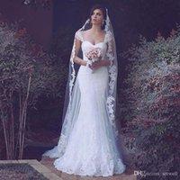Elegante Spitze Mermaid Brautkleider Dubai Arabisch Schatz Brautkleider bodenlangen Brautkleider Plus Size