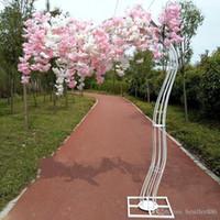 2,6 m Altezza Bianco Bianco Ciliegia Artificiale Blossom Tree Schiera Simulazione di simulazione Fiore di ciliegio con cornice per arco di ferro per puntelli per feste di nozze
