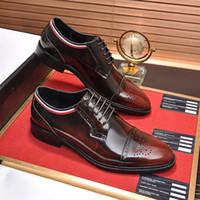 2020 Qualitäts-formale Kleid-Schuhe für Gentle Marken Mann-echter Leder-Schuhe Spitzschuh Herren-Designer-Geschäft Oxfords Freizeit-Schuhe