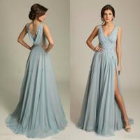 Dernières robes de demoiselle d'honneur bleue Dusty Vol Vol sans manches Appliques de mousseline drapée Robes de bal classique avec des robes de fête de mariage à la côte