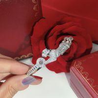Diamante cheio de personalidade dominadora de Mulheres Bracelet Hot Seiko gratuito o transporte de luxo Pulseira Dança dar presentes pulseiras Leopard