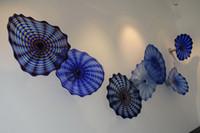 Гостиничные проекты гостиная подвесные настенные художественные стеклянные светильники современные выдувные стеклянные пластины для украшения дома