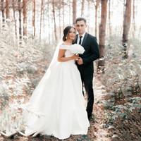 Abiti da sposa a maniche corte su ordinazione spalla spalla Abiti da sposa 2020 Sweep Treno Satin Simle A Line Abiti da sposa da sposa