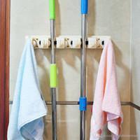 الجملة أدوات المطبخ فرشاة المكنسة تخزين الأدوات المنزلية الممسحة فرشاة شماعات متعددة الوظائف مطبخ منظم الممسحة حامل حامل BH1147 TQQ