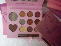 Cadeau de maquillage Palette de fard à paupières Rouge à lèvres Maquillage Fondation Saint-Valentin cosmétiques Set avec le coeur Ombre et Brillant à lèvres en 11 couleurs