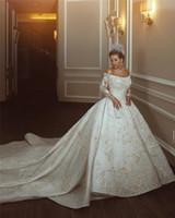 Lüks Dantel Aplike Payetli Saten Boncuklu Kapalı Omuz Gelinlik Vintage Prenses Balo Suudii Dubai Arapça Gelin Kıyafeti CPH020
