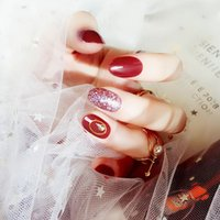 Matrimonio da sposa Colore rosso Beauty Fake Nail Donna Testa tonda Breve Nail Art Tips Con Glue Girls Simple Fashion Glitter False