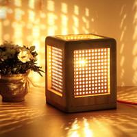 Cadeaux de Noël Art Déco Lampe de table en bois bureau lampe Creative livre Night Light LED E27 base 110V-240V US UK AU EU Plug
