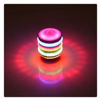 Bambini LED legno-come peg-top mano Spinner plastica Flash Gyro Toy regalo per bambini Light-up Music Strange