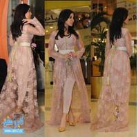 김 Kardashian Fairy Tale 스타일의 유명인 가운 레이스 이브닝 드레스 긴 소매 아첨하는 하이 -Lo Split Party Dres (레이스 코트 밖에서)
