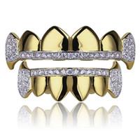 Gold Grillz Ювелирные Изделия Хип-хоп Стоматологические грили 2019 Мода Изысканный Glaring Zircon 18K Позолоченные Золоты Брекеты 2 частей Набор оптом
