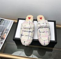 편안한 2019 로퍼 신발 뮬러 정품 가죽 슬리퍼 여성 뮬 Princetown 자수 패션 디자이너 럭셔리 캐주얼 신발 부드러운