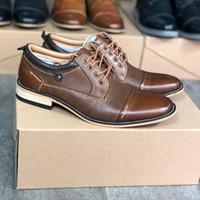 2020 мужские башмаки Oxfords ботинки платья Дизайнерские Бизнес обувь Браун из натуральной кожи Обычная Узелок тренер партии Свадебная обувь US8-13