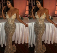 2019 Sexy Bling Sweetheart Mermaid senza maniche Paillettes Shiny Light Champagne Prom Dresses Lungo Sweep Train Deep V Neck Abiti da sera BC1051