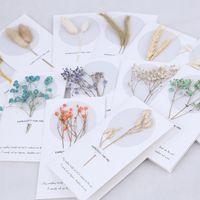 Yeni Stil Benzersiz Kurutulmuş Flora Düğün Davetiyeleri Kartları Brithday Teşekkür Kartları Kişiselleştirilmiş Çiçek Gelin Davetiyesi Kartı Ucuz