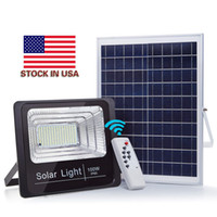 屋外の太陽LEDの洪水ライトの防水IP65壁ライトホームガーデンヤードの芝生の芝生プールライトのためのスマートなリモートの太陽光発電のスポットライト