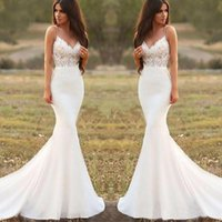 Paese Mermaid abiti da sposa spaghetti Backless sweep treno Appliques illusione Corpetto Long Beach Garden Country Abiti da sposa
