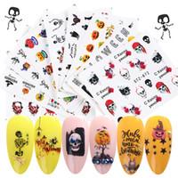24 pcs / ensemble holographique Halloween Crâne autocollants sur les ongles Accessoires rouge lèvres transfert de L'eau curseur Nail Autocollant Manucure Fournitures