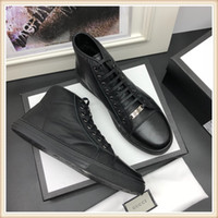 2019 New Shoes Casual Luxury alta qualidade Lace-Up Zapatos de hombre fugir Pulso Sneaker Estilo Mens Sapatos Chaussures pour hommes