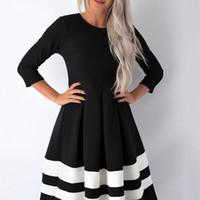 Designer Automne Femmes Robe Casual design simple noir blanc à rayures manches longues Slim Fit élégante robe mi-longues