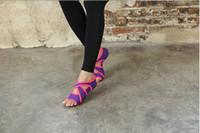 Hot Sale-Cross-Grenze Yoga, Ballett, moderne Tanzschuhe für In-Flight-Anti-Rutsch-professionelle Fitness-5 Finger Erwachsene Yoga Socken